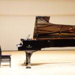 緊張しないでピアノを演奏する方法