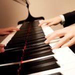 Youtubeでピアノ演奏を披露して楽しんでみる